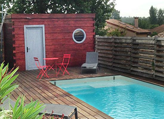 Local technique pour rangement de matériel de piscine